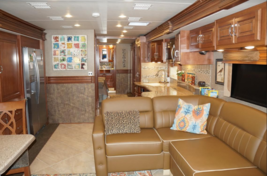 2015 Fleetwood Discovery 40e FOR SALE IN Bay ST Louis MS 39020 image 5