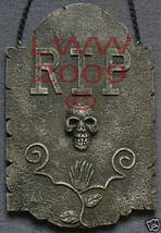 Stone-look Resin RIP with Skull Halloween Plaque Sign  - $7.99