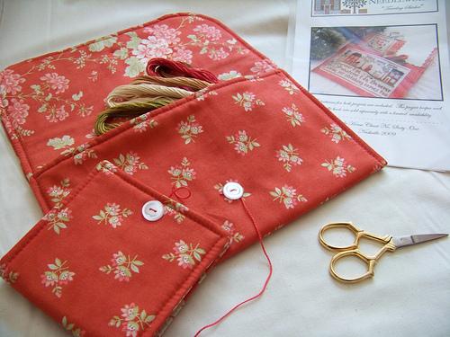 Traveling Stitcher cross stitch chart + floss Little House Needleworks