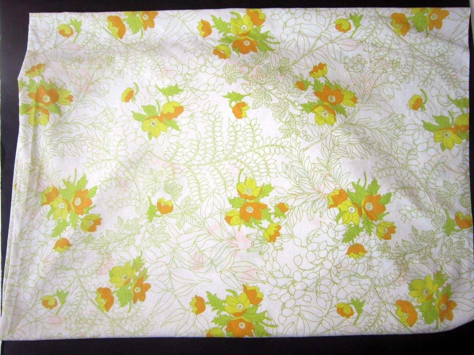 vintage retro double sheet bedding fabric linens Fieldcrest Vintag sheet double or full size flat size floral stripes
