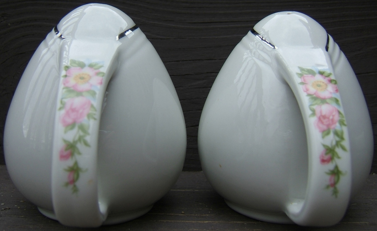 Vintage HALL Pink Rose White Ceramic Sani Grid Salt Pepper Shaker Set GOLD Trim
