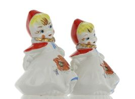 "Hull Little Red Riding Hood 5"" Salt and Pepper Range Shaker Set AAA image 8"