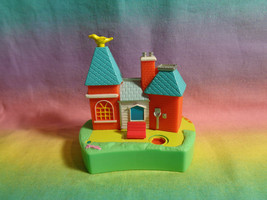 Vintage 2000 Polly Pocket Disney Magic Kingdom Replacement Train Station - $3.71