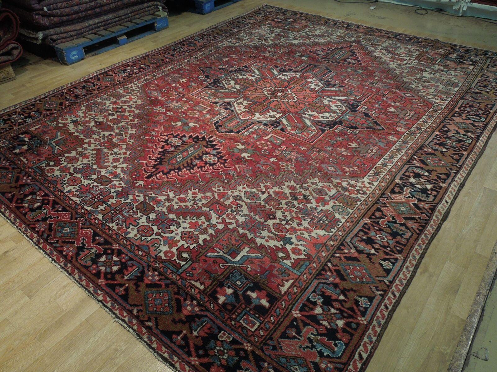 Normal Wear Semi-Antique Persian Handmade 9x12 Burgundy Heriz Wool Rug image 5