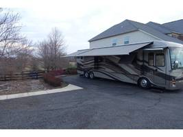 2012 Newmar MOUNTAIN AIRE 4344 Used Class A For Sale In Leesburg, VA 20176 image 2