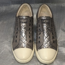 UGG Grey Quilted Leather & Sheepskin Laceless LAELA Sneaker S/N 1009239 Sz 9.5  - $69.00