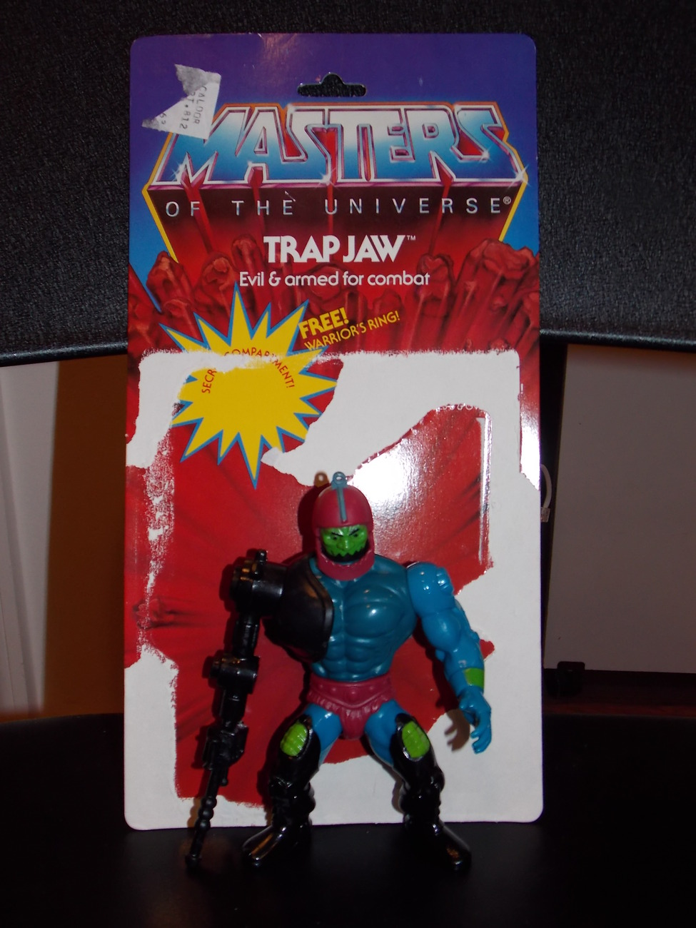 Vintage 1981 Masters Of The Universe Trap Jaw Figure With Cardback