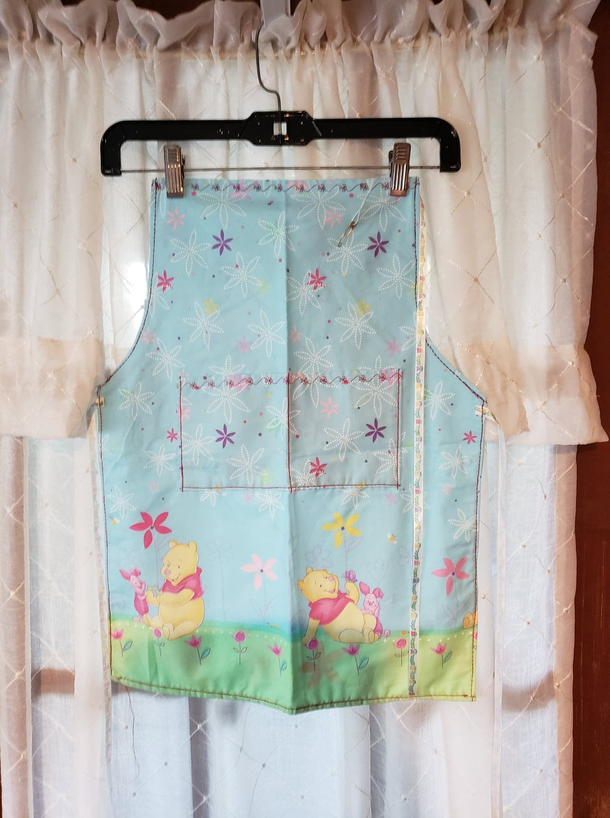 Child/Youth Lined Cotton Apron with pockets - Whinnie the Pooh! Med (5T - 6T) - $12.99