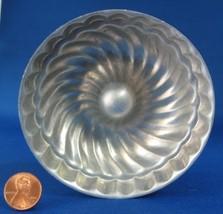 Swirled Round Aluminum Jelly Mold Jello Mould England Vintage - $6.00