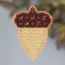 Acorn Autumn 2013 Seasonal ornament pin kit cross stitch Mill Hill - $6.30