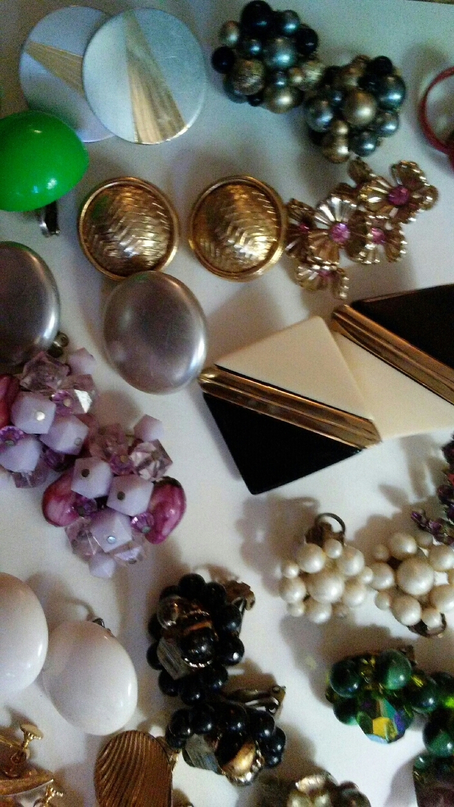 Primary image for Vintage lot of Earrings
