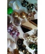 Vintage lot of Earrings - £37.48 GBP