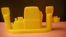 Fisher Price Little People Gas Pump Fence Piece for Station Construction - $4.75
