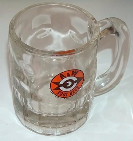 A and w mugs arrow logo2