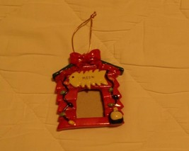 CAT LOVERS! CAT PHOTO FRAME CHRISTMAS HOLIDAY ORNAMENT NEW - $4.74