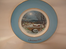 Avon Collector Plate   Christmas 1979   Dashing Through The Snow - $13.00
