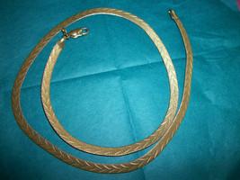 """Vintage   GOLD TONE  chain 18.5 """"   B.C. LUND    exl cond - $23.76"""
