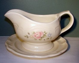 "Pfaltzgraff Tea Rose Stoneware 8"" Gravy Boat With Underplate 2 pieces - $14.84"