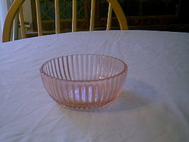 QUEEN MARY BOWLS SET OF 3 - $15.00