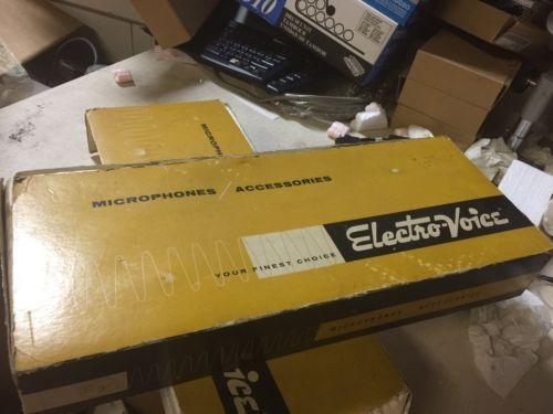 VALCOM VC-V-400 Dynamic Desk Top Microphone