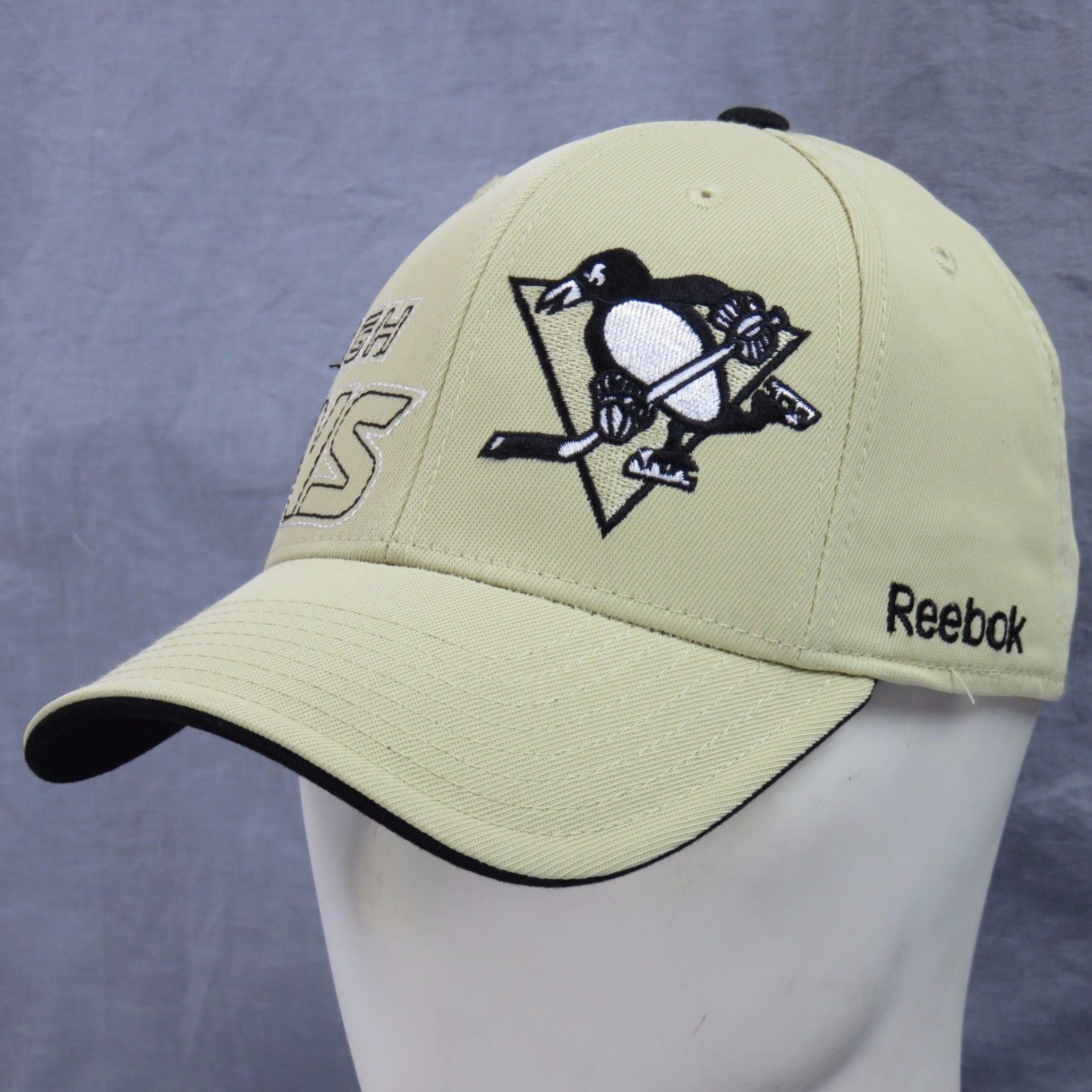 Pittsburgh Penguins Iceburgh Brodé Reebok and 50 similar items 7f308d9517a3