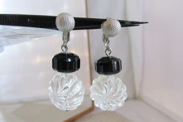 1973 Vintage Sarah Coventry Jet Ice Earrings Black & Clear Lucite Dangle - $11.88