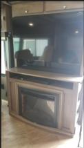 2019 Winnebago Forza 34T FOR SALE image 3