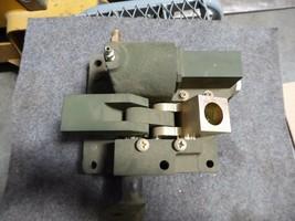 Minowitz Quick disconnect Mechanism P/N 13222E0079, 13222E0053, 97403 image 1