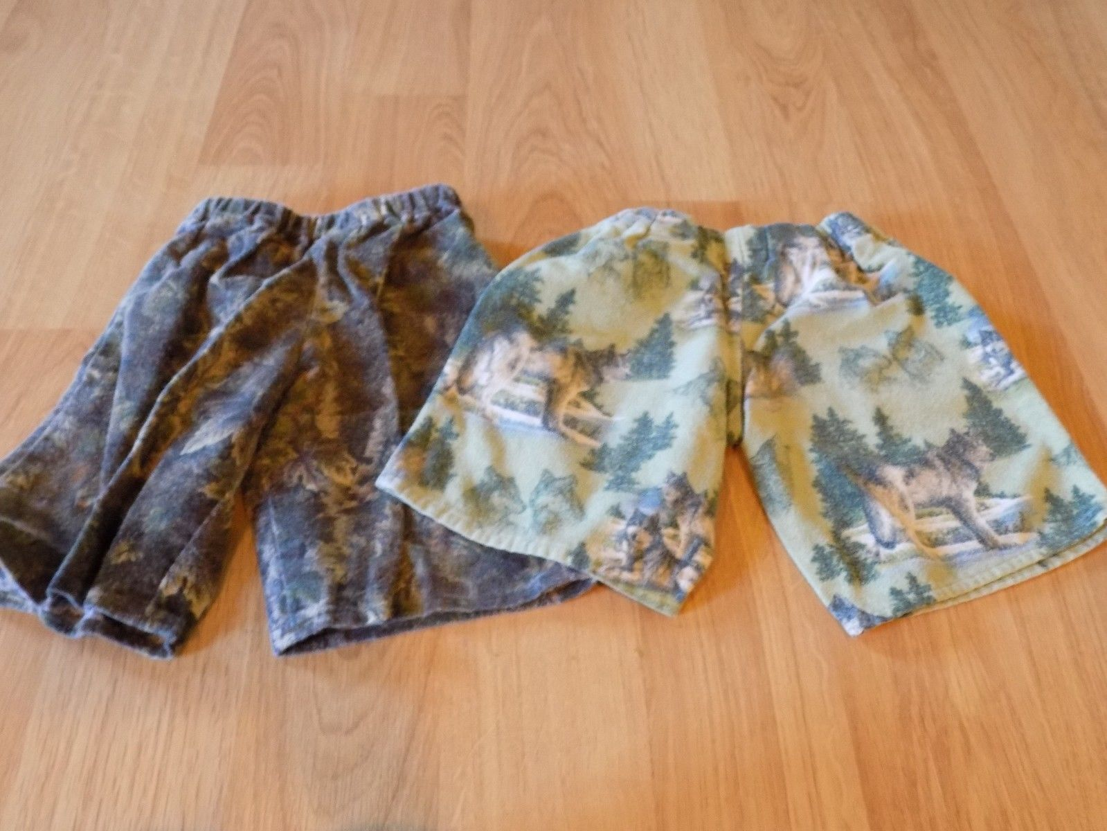 Primary image for Toddler Size 3 Custom Homemade Flannel Boxer Pajama Shorts Camouflage Wolves EUC