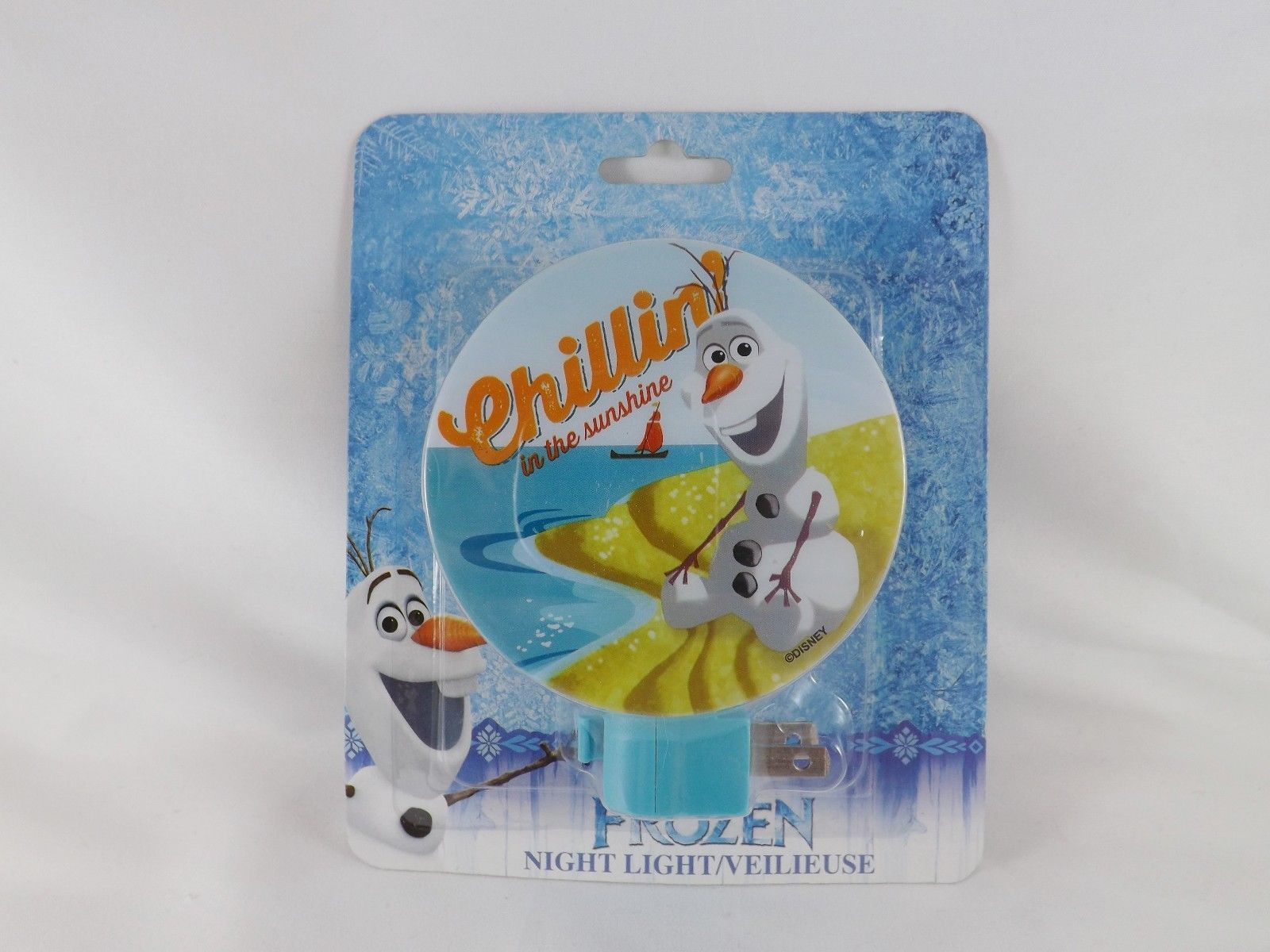 Disney Frozen Night Light with On/Off Switch- New -Olaf Chillin' in the Sunshine