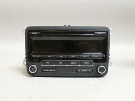 11 12 13 14 VOLKSWAGEN JETTA AM/FM RADIO CD PLAYER RECEIVER 1K0035164D - $55.43