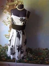Venus Women's Black and White Spaghetti Strap Dress SZ 10 - $22.27
