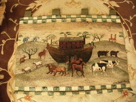 13#H   Vintage NOAH'S ARK Nursery Tapestry Wall hanger/EXCELLENT CONDITION - $33.65