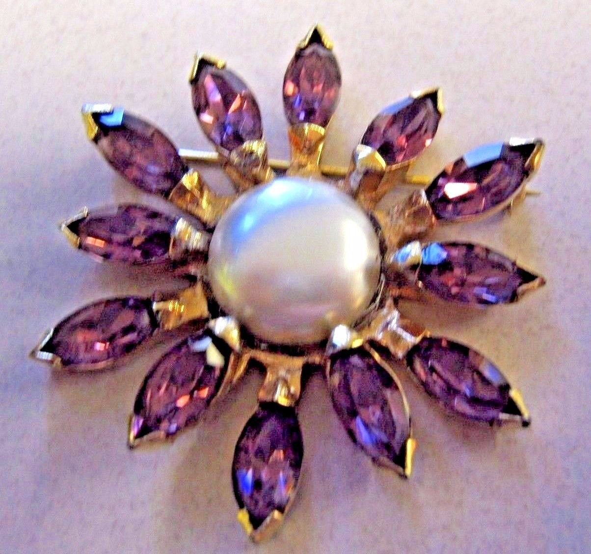 Primary image for BROOCH EISENBERG ORIGINAL BROOCH with large faux pearls and purple RHINESTONES