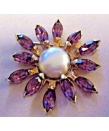 BROOCH EISENBERG ORIGINAL BROOCH with large faux pearls and purple RHINE... - $131.04 CAD