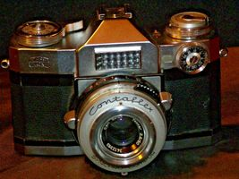 Zeiss Ikon Contaflex Super Camera with hard leather Case AA-192012 Vintage image 5