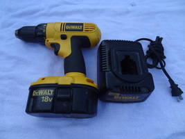 Dewalt 18 Volt Cordless Set Drill Battery And Charger Dw 9116 DW9099 DC970 - $64.99