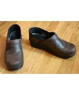 Dansko 39 8.5 9 Brown Leather Classic Professional Clogs - $37.20