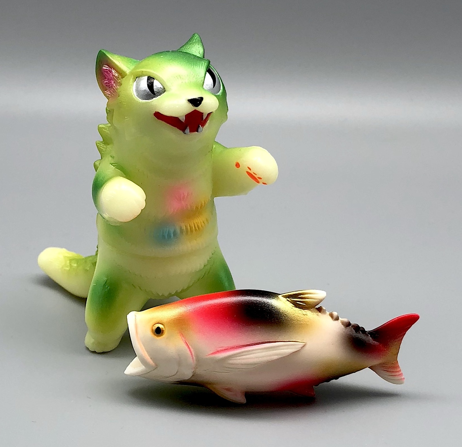 Max Toy GID (Glow in Dark) Negora w/ Fish
