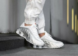 Nike Shox R4 White/Metallic Silver Mens Trainers Reflective Sneakers All... - $213.34
