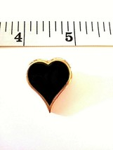 """Vintage  Gold Tone  SARAH COVENTRY  Small HEART  BROOCH Signed  1 """" - $12.99"""