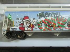 Atlas # 20006330 (Christmas Graffiti) 5800 Plastics Hopper DOWX 66122 HO-Scale image 2