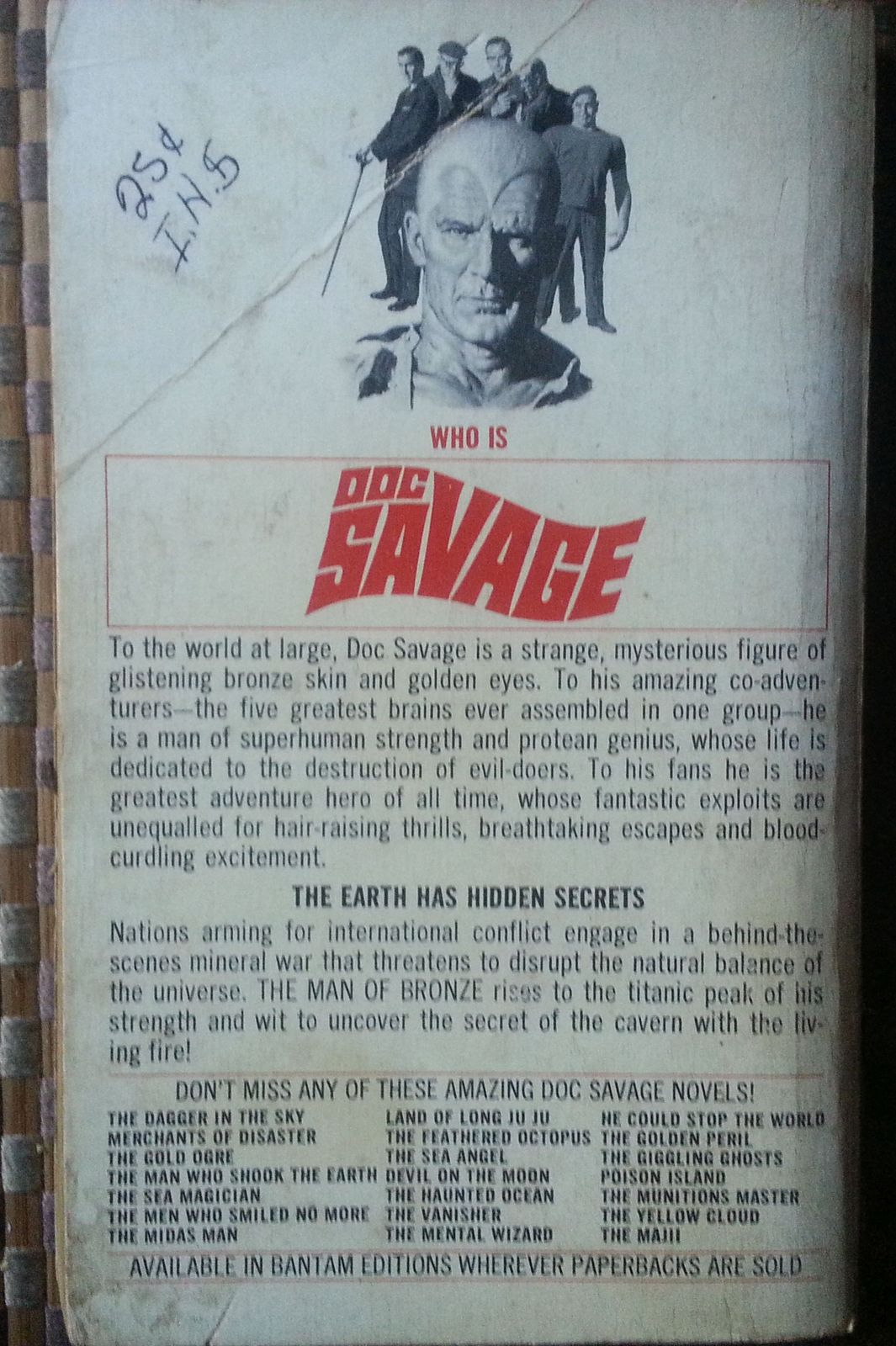 Doc Savage The Living Fire Menace by Kenneth Robeson 1971 PB