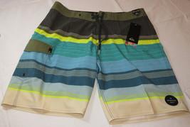 Quiksilver boardshorts 30 board swim shorts BNF6 Swell Vision Vee 20 30x20 Virid - $38.11