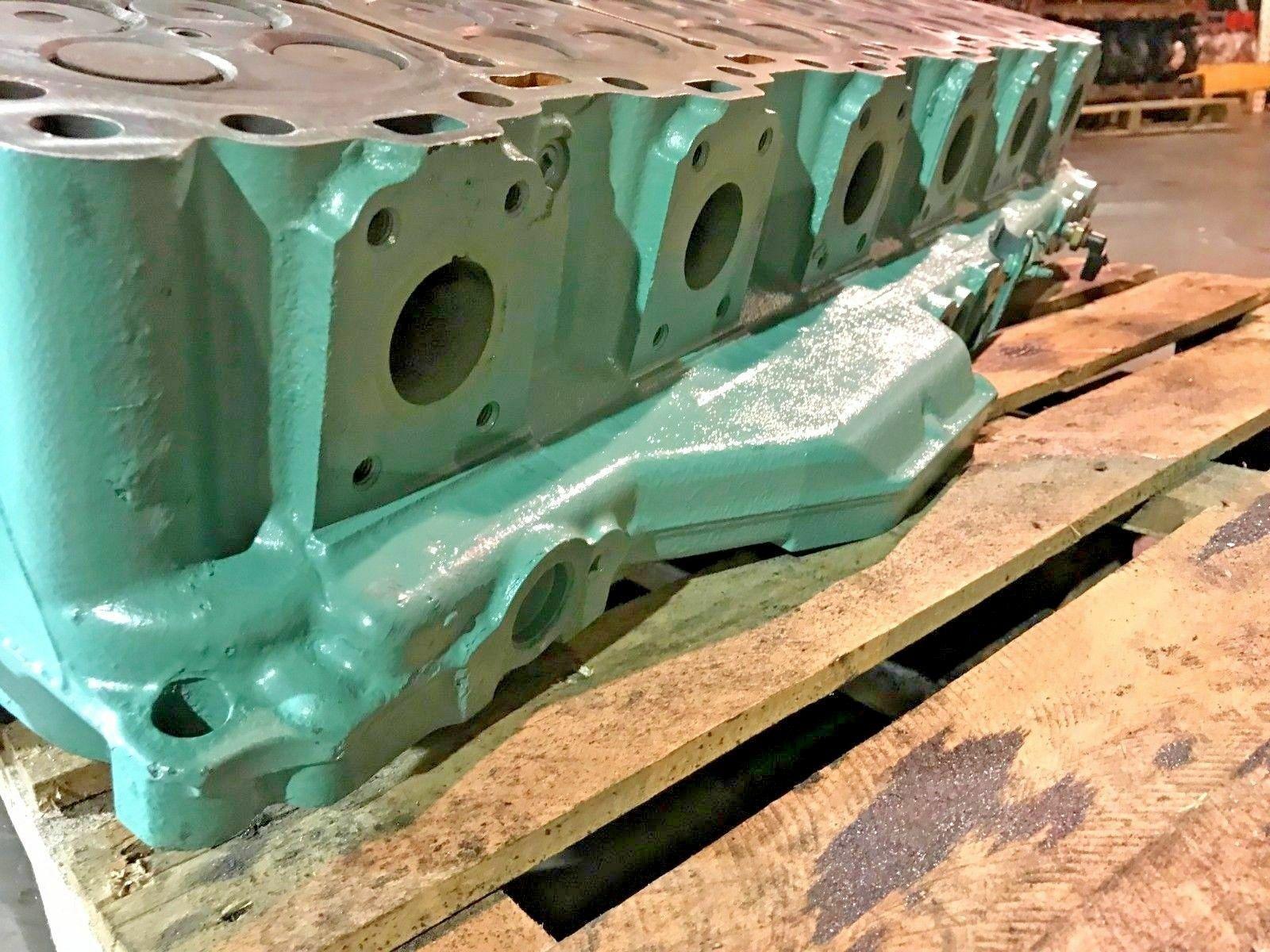 Detroit Diesel Series 60 SERIES 14L Engine Cylinder Head SCH1106137 OEM image 6