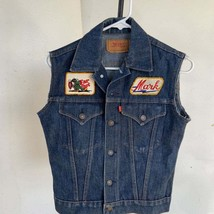 Vintage Levis Mens Denim Jacket w/ vintage Patches Button Front Red Tab ... - $69.50