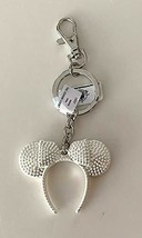 Disney Parks Minnie Mickey Mouse White Color Headband Metal Keychain - $15.48