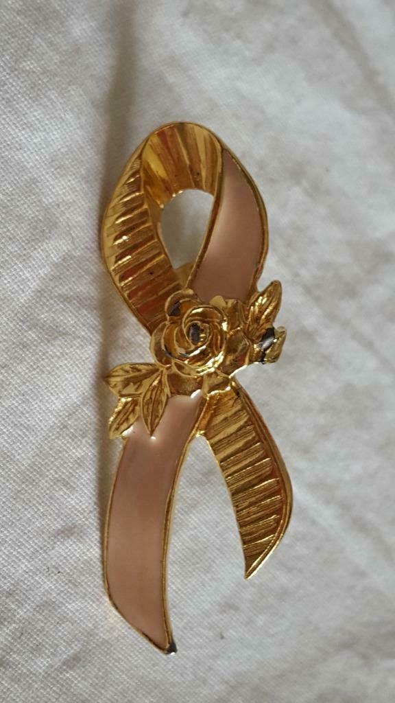 "2""SIGNED AVON PINK RIBBON BREAST CANCER AWARENESS FLORAL ROSE PIN,PINBACK,SHINY, - $4.94"