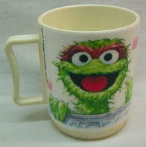 """Vintage Sesame Street HAPPY OSCAR THE GROUCH 3"""" PLASTIC Collector's Kids... - $14.85"""