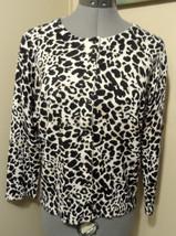 CABLE & GAUGE Cardigan Sweater M Black Beige White Leopard print Scoop 3... - $24.74